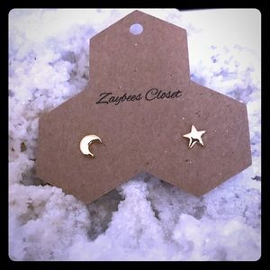 Jewelry - Dainty gold star and moon earrings